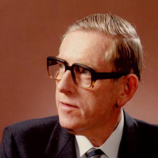 Mr. Alan Missen