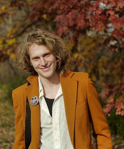 Gordon_Byrd_Fall_Portrait_Smile