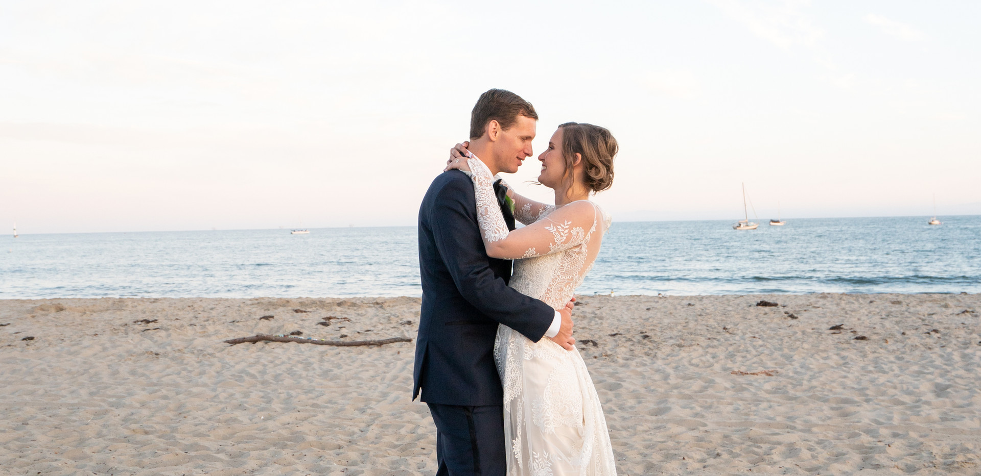 Bride and Groom Wedding Photots on the Beach
