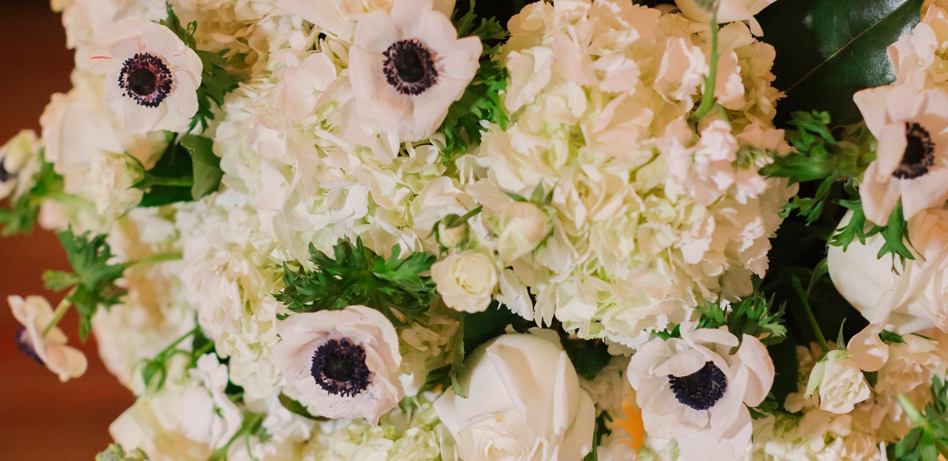 Black and White Wedding Floral Arrangements