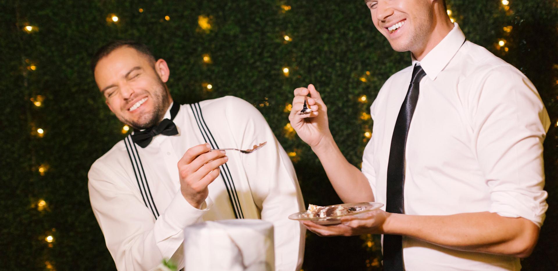 Black and White Marble Wedding Cake