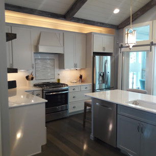 denucci kitchen 1.jpg