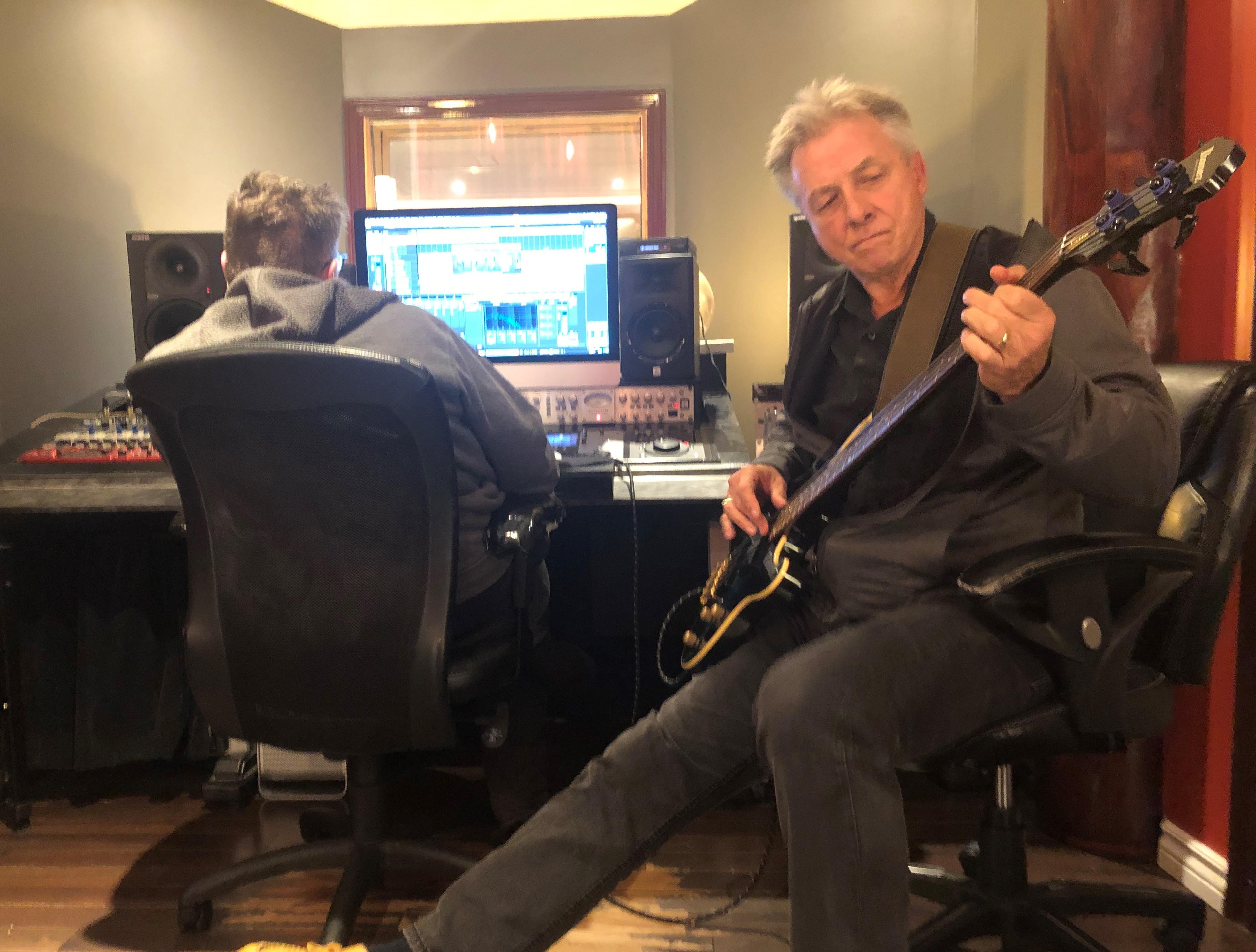 IMG_3057 (2) Ron w Bass in studio