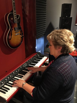 Longshot Record Ev w Keyboard