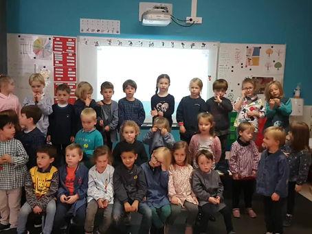 Les petits chanteurs de la classe : les hiboux