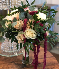 Love this bouquet, with just a splash of