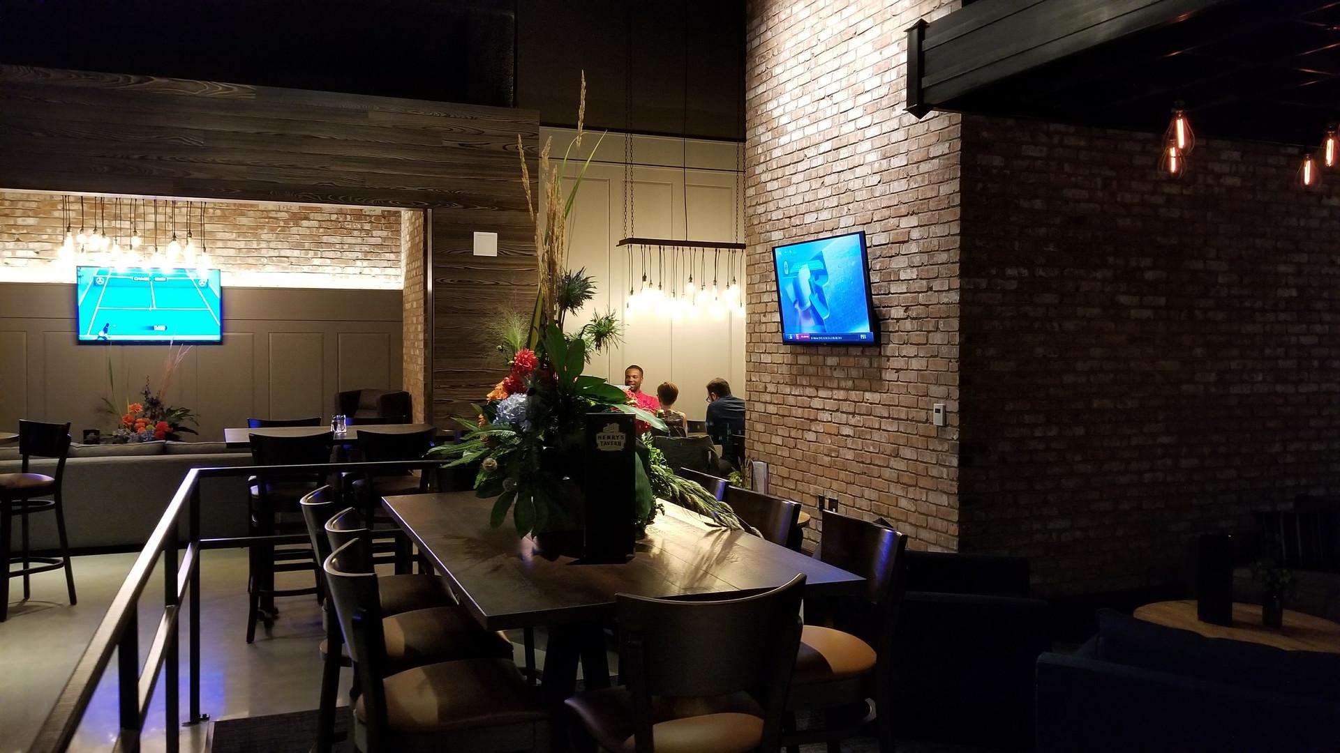 Henry's Tavern - Bellevue