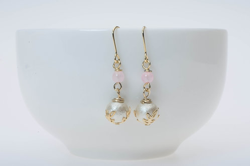 Soft pink glass & cotton pear ソフトピンクのガラスとコットンパール