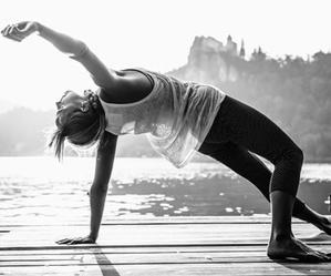 הום סטודיו לשיעורי יוגה - מגוון סוגי שיעורים