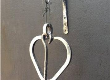 Heart dinner gong