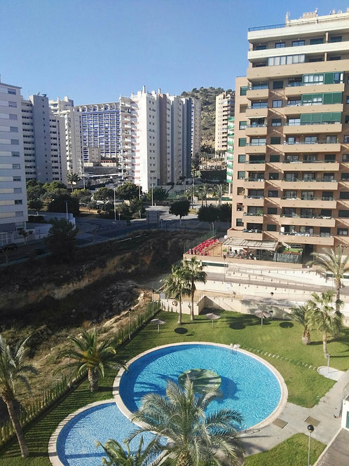 Ref. 1072 Piso con ascensor y parking  Zona LA CALA