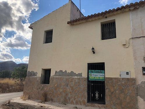 REF. 2199 Casa en Hondon de las Nieves zona Solana