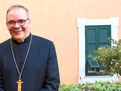 Un incontro con Mons. Antonio Guido Filipazzi