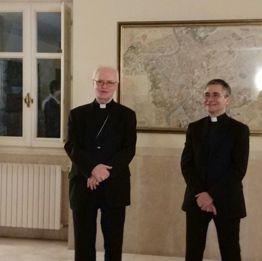 Con S. Em. card. Odilo Pedro Scherer, arcivescovo di Sao Paulo, durante la sua visita al Collegio.