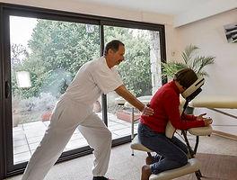 Devenez Praticien en Massage Assis Amma | Cybelplace