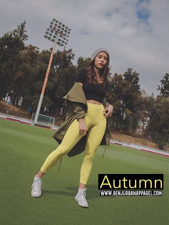 leggings-mockup-of-a-girl-at-a-football-