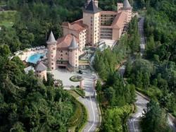 the chateau bukit tinggi فندق ذا شاتو بوكيت تنجى..