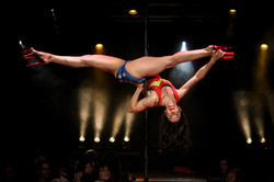 Alicia Lobo Pole Dance
