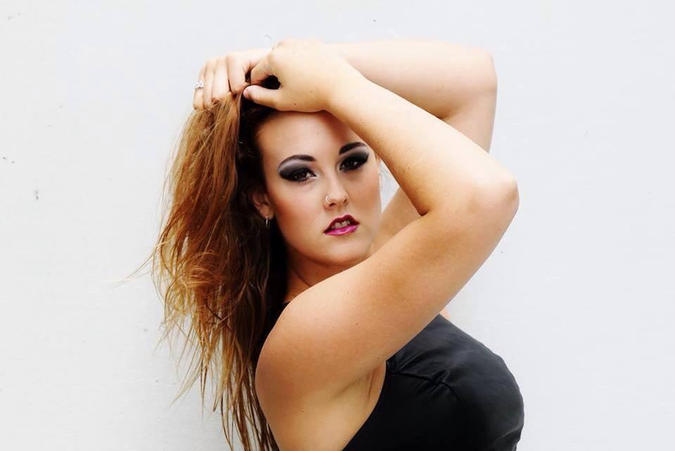 Model Vanity Glamour