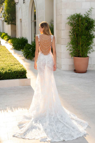 Daria Karlozi- 08139-elle-elegant-hochzeitskleider