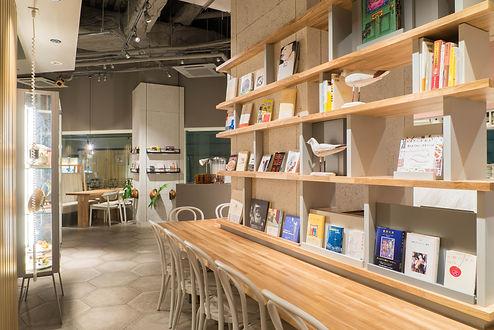 京橋カフェ おしゃれ ブックカフェ