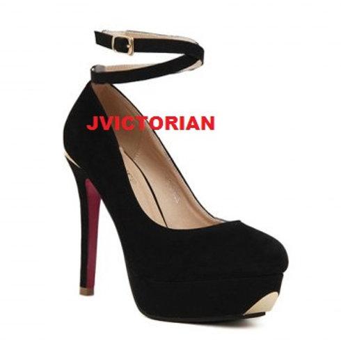 Elegant Metal Toe and Cross-Straps Design Women's