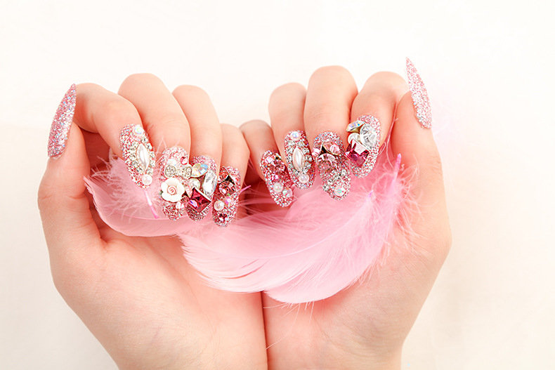 Shelly's Glamorous Press On Nails