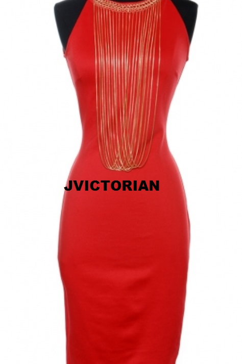 ATTACHED CHAINS DRESS