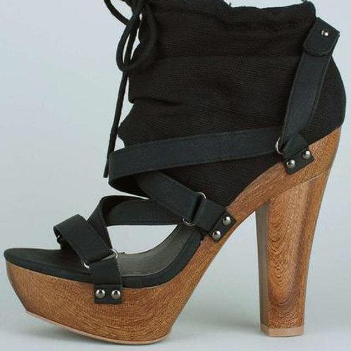 Buckle Design Women's Short Boots
