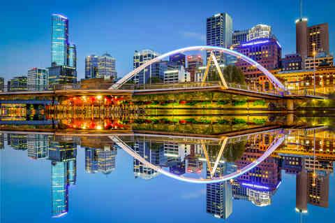 MELBOURNE REFLECTION