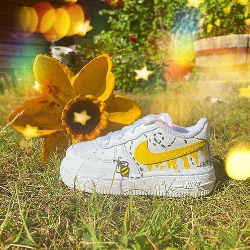 """Bee... Happy AF1"