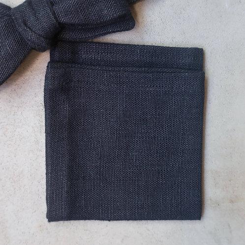Mouchoir Noir un jour