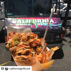 California Grill Truck is on campus RIGHT NOW!! Go find them on the quad for delicious food like thi