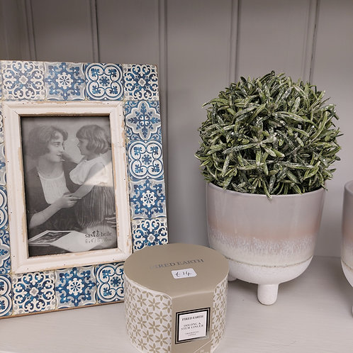Mosaic photo frame