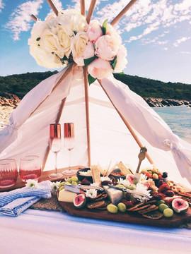 Teepee picnic.JPG