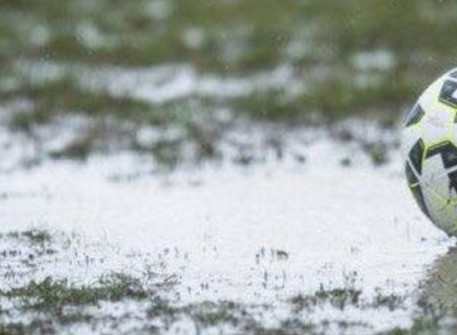 Match off due to a waterlogged pitch.