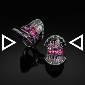 The Pinky Fire Collar Ring