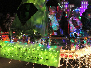The Greater Mankato Area Girl Scouts present the 2018 Kiwanis Holiday Lights Parade