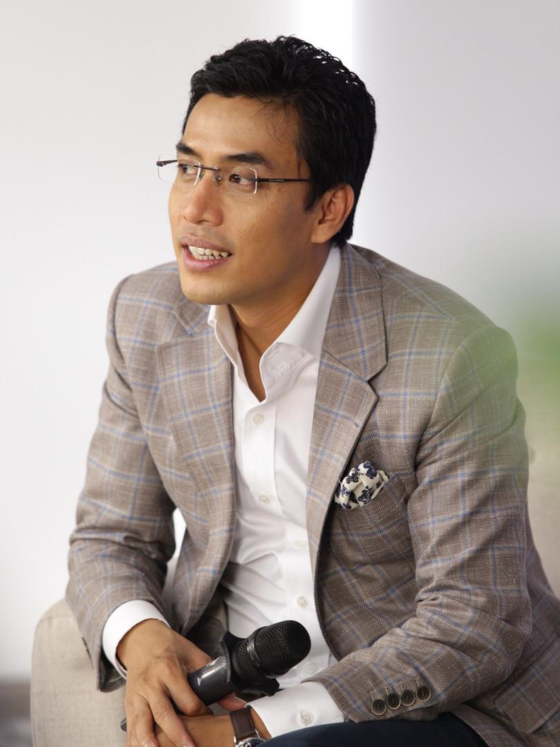 MC Quốc Khánh
