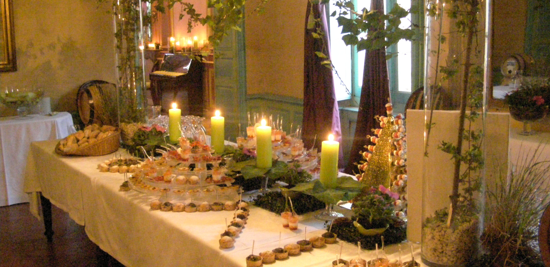 buffet floral.JPG