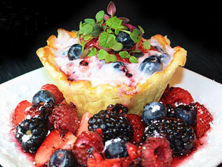 Berry Tart with Rainbow Mix
