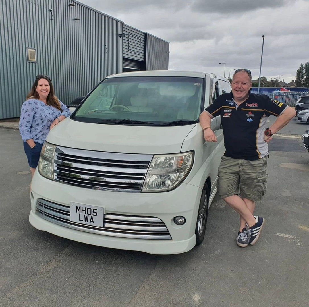 The Reynolds, Nissan Elgrand