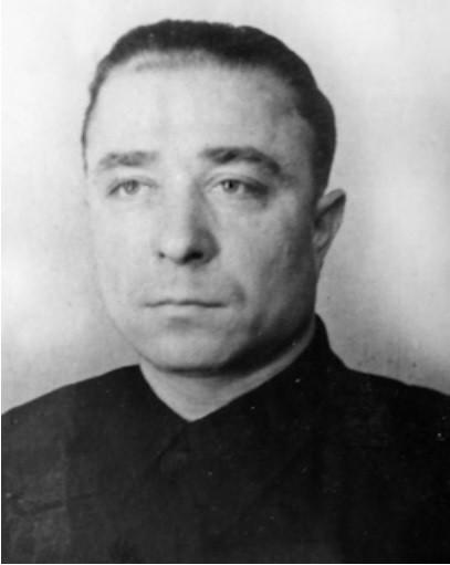 БЕЛОУСОВ Валериан Степанович
