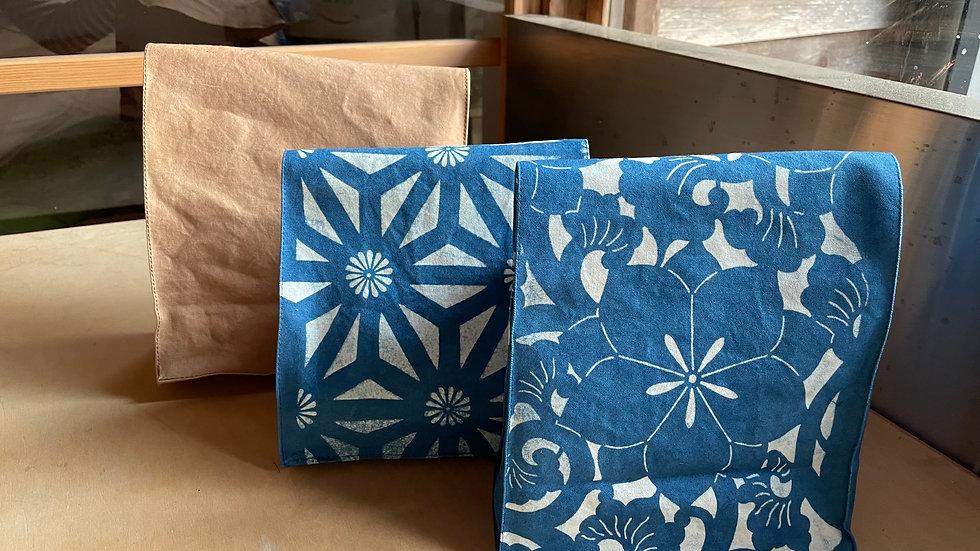 帆布の紙袋バッグ小 藍型染め