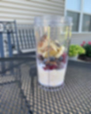 Oatmeal and berries smoothie.jpg
