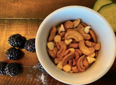 Brain Boosting Cinnamon Cashews