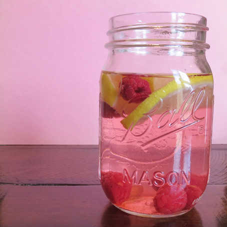 Lemon-Raspberry Infused Water