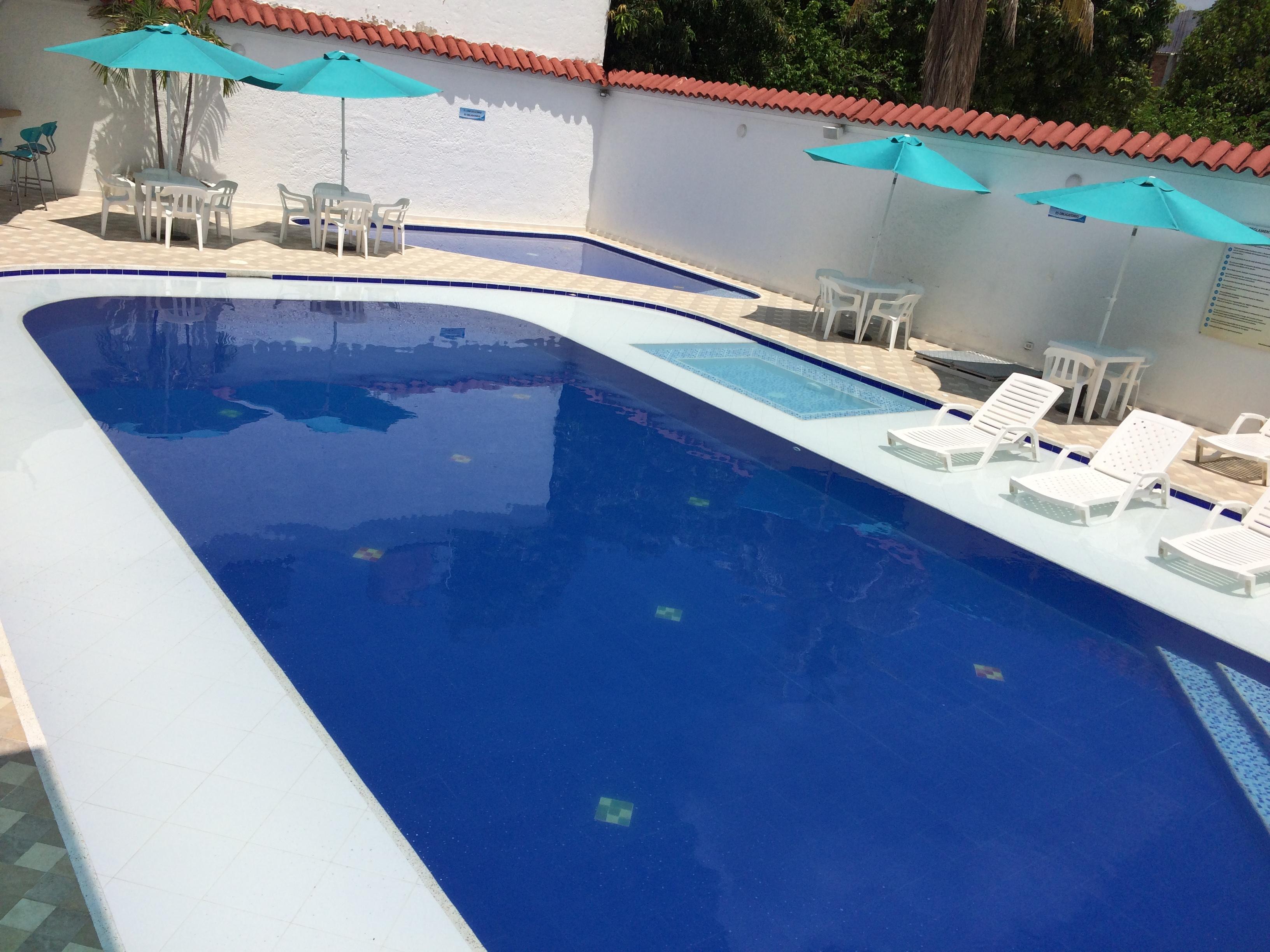 Dias de sol en nuestra piscina.