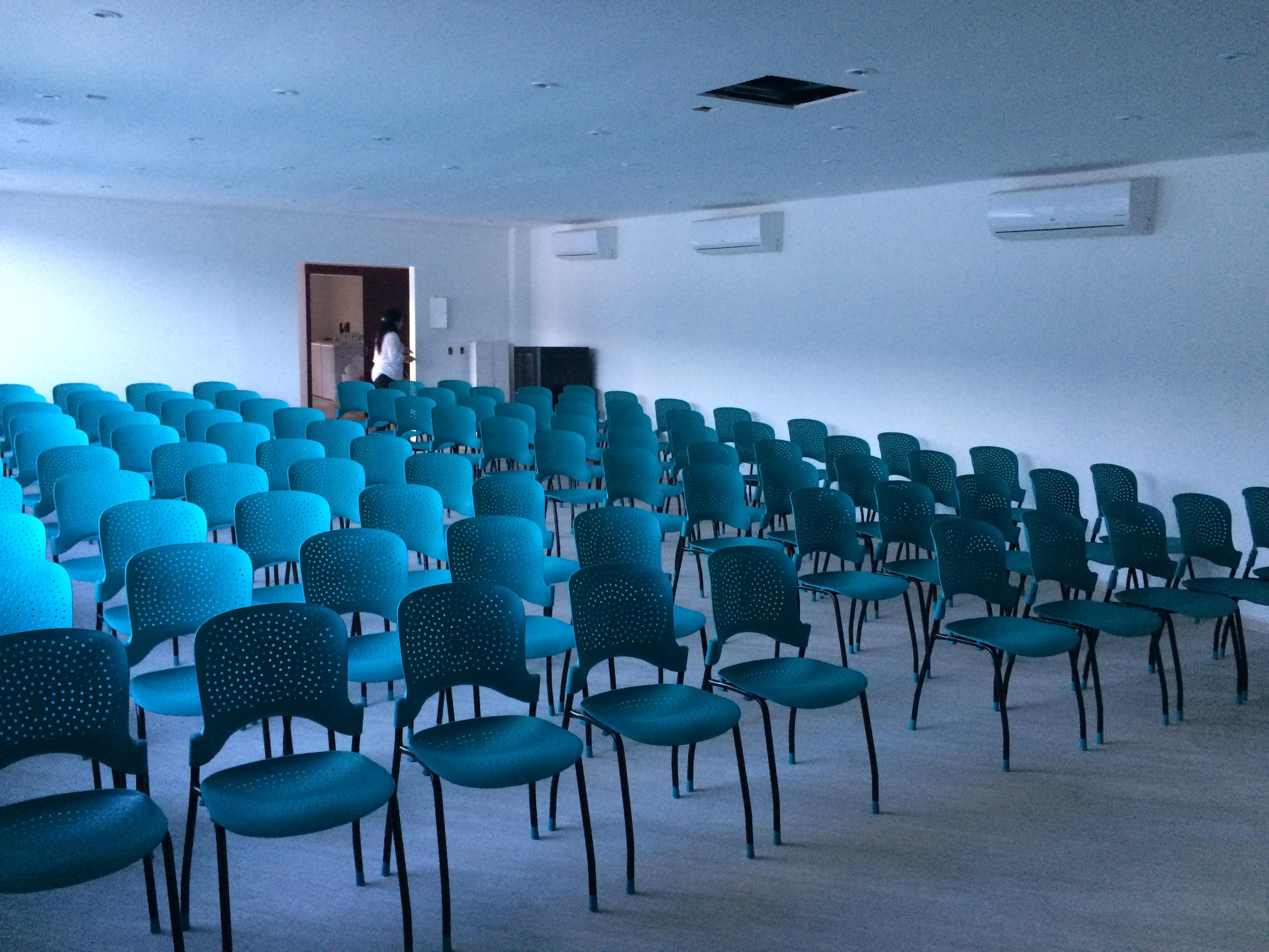 Centro de convenciones en Melgar