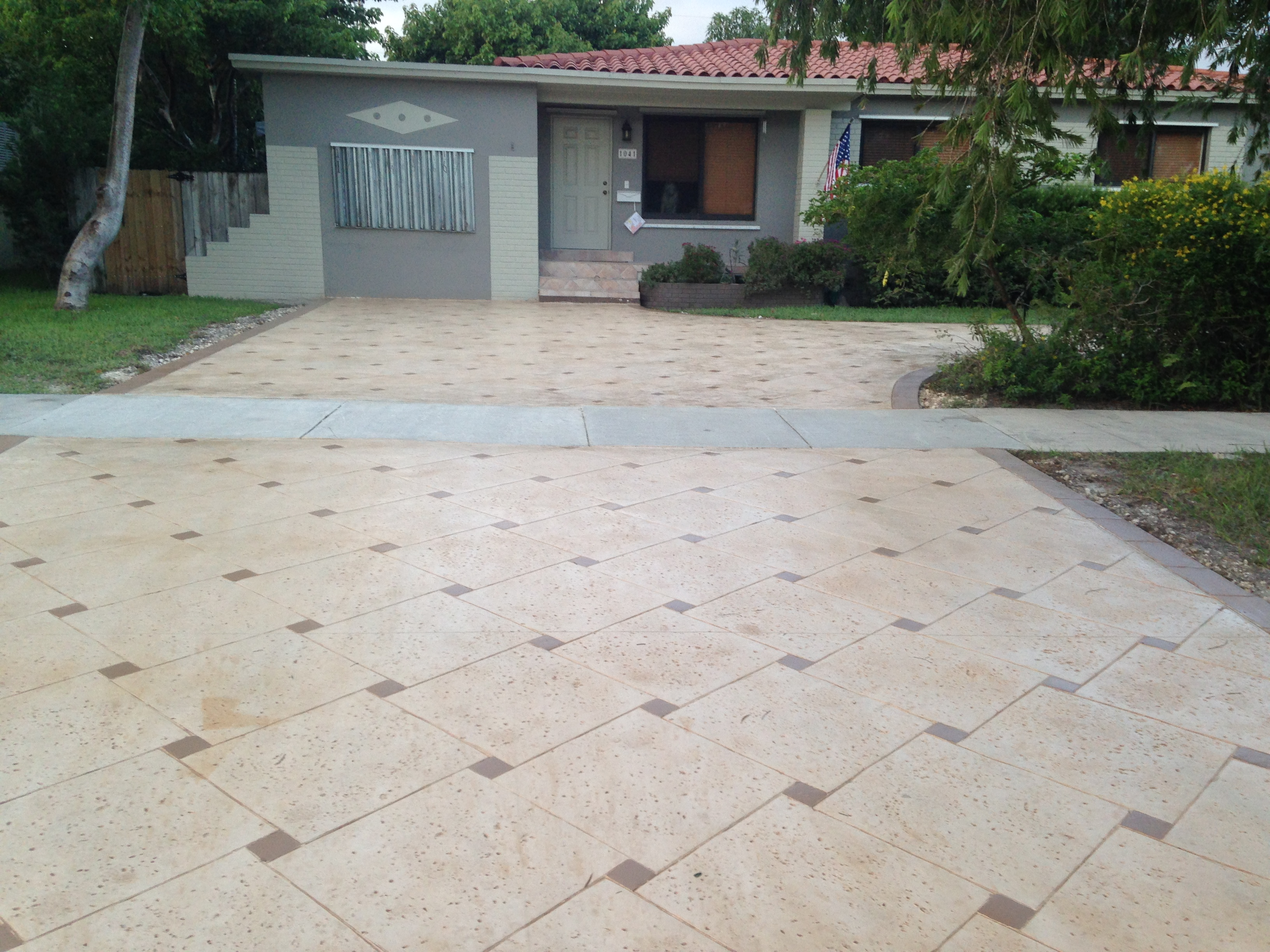 Keystone Pattern (Stamp Concrete), Color: Adobe Buff and Buff
